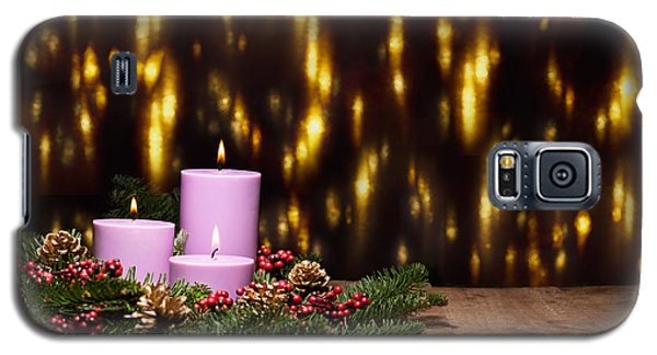 Three Candles In An Advent Flower Arrangement Galaxy S5 Case