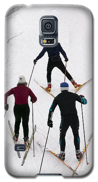 Three Cross Country Skiers. Galaxy S5 Case