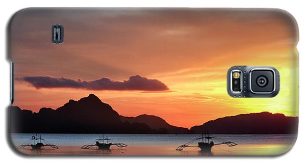 Galaxy S5 Case featuring the photograph Three Fishermen by John Swartz