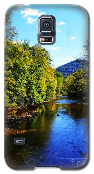 Three Forks Williams River Early Fall Galaxy S5 Case
