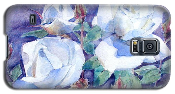 Galaxy S5 Case featuring the painting White Roses With Red Buds On Blue Field by Greta Corens