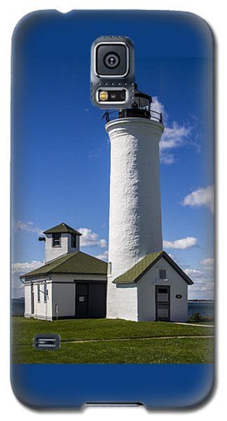 Tibbetts Point Lighthouse Galaxy S5 Case by Ben and Raisa Gertsberg