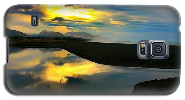 Galaxy S5 Case featuring the photograph Tidal Pond Sunset New Zealand by Amanda Stadther