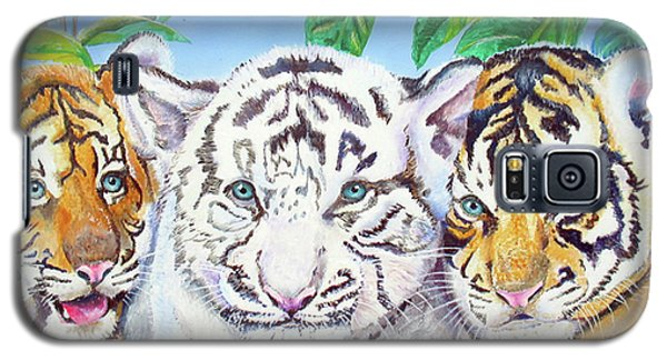 Galaxy S5 Case featuring the painting Tiger Cubs by Thomas J Herring