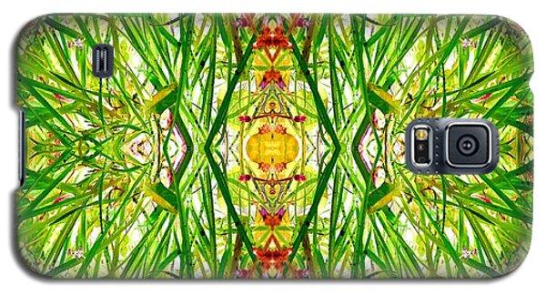 Tiki Idols In The Grass  Galaxy S5 Case by Marianne Dow