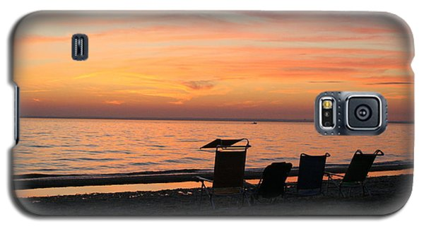 Galaxy S5 Case featuring the photograph Time To Reflect by Karen Silvestri