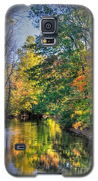 Galaxy S5 Case featuring the photograph Tis Fall by Robert Pearson