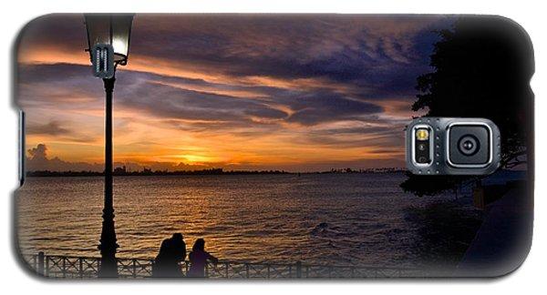 Galaxy S5 Case featuring the photograph Titanic Moment by Ricardo J Ruiz de Porras