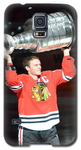 Galaxy S5 Case featuring the photograph Toews Holds The Stanley Cup by Melissa Goodrich