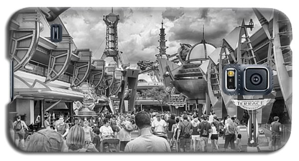 Galaxy S5 Case featuring the photograph Tomorrowland by Howard Salmon