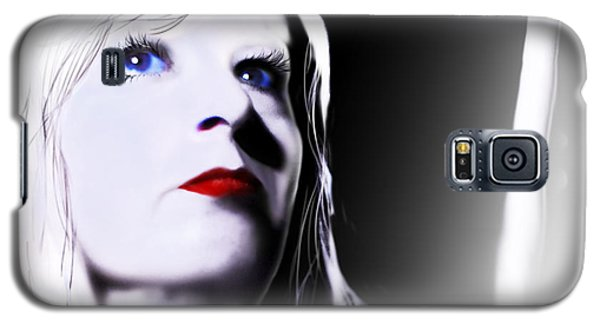 Galaxy S5 Case featuring the digital art Tomorrow's Memory by Jeremy Martinson
