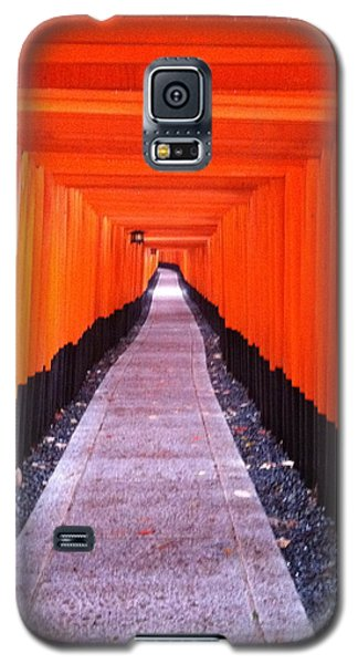 Torii Gates In Fushimi-inari Japan Galaxy S5 Case
