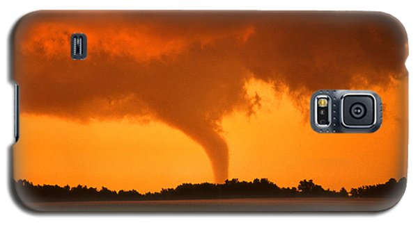 Tornado Sunset Galaxy S5 Case