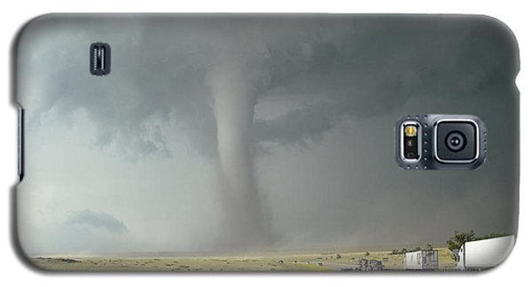 Galaxy S5 Case featuring the photograph Tornado Truck Stop by Ed Sweeney