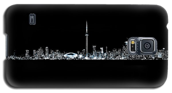 Galaxy S5 Case featuring the photograph Toronto Skyline At Night From Centre Island Monochrome by Brian Carson