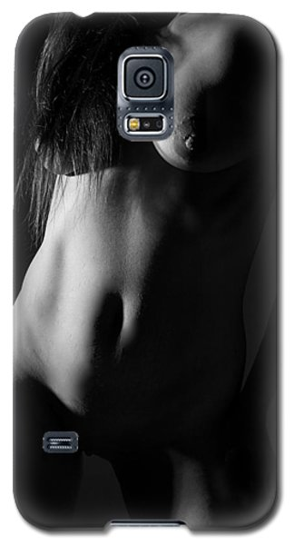 Torso In Black And White Galaxy S5 Case by Joe Kozlowski