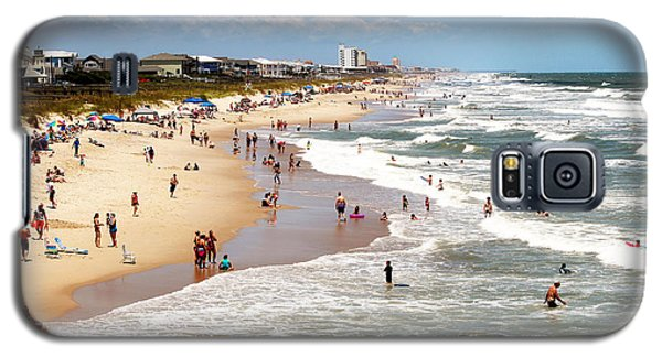 Tourist At Kure Beach Galaxy S5 Case by Cynthia Guinn