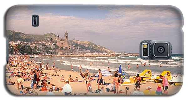 Tourists On The Beach, Sitges, Spain Galaxy S5 Case by Panoramic Images