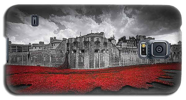 Tower Of London Galaxy S5 Case - Tower Of London Remembers by Ian Hufton