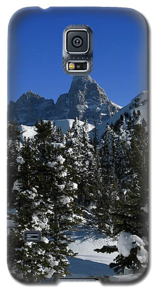 Galaxy S5 Case featuring the photograph Towering Above Lies The Grand by Raymond Salani III