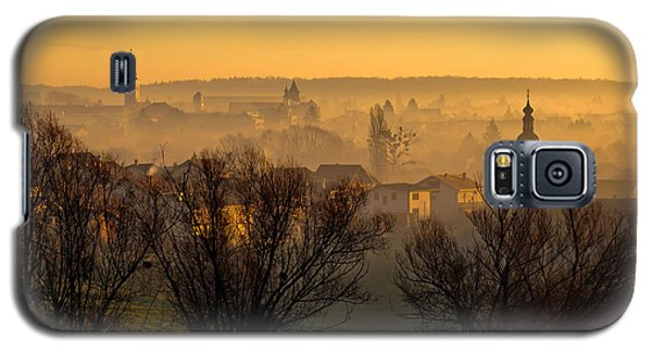 Town Of Krizevci Towers In Fog Galaxy S5 Case