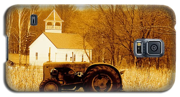 Tractor In The Field Galaxy S5 Case by Desiree Paquette