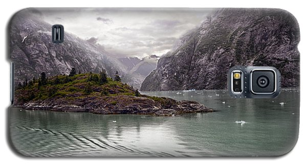 Galaxy S5 Case featuring the photograph Tracy Arm Passage by JRP Photography