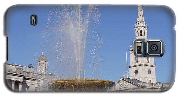 Trafalgar Square Fountain. Galaxy S5 Case