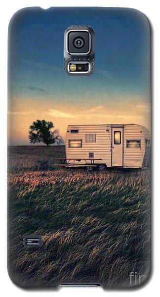 Trailer At Dusk Galaxy S5 Case by Jill Battaglia