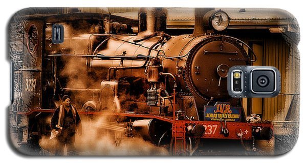 Galaxy S5 Case featuring the photograph Train Art 3237 by Kevin Chippindall