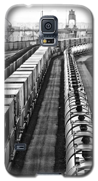 Galaxy S5 Case featuring the photograph Trains Stop For Servicing by Bill Kesler