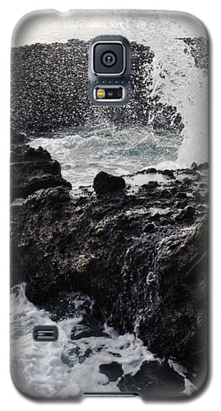 Galaxy S5 Case featuring the photograph Treasure Island Laguna Beach by Kyle Hanson