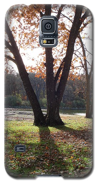 Galaxy S5 Case featuring the photograph Tree At The Lake by J L Zarek
