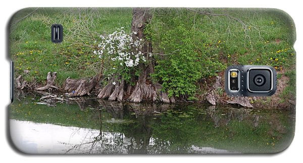 Galaxy S5 Case featuring the photograph Tree Reflection by Mark McReynolds