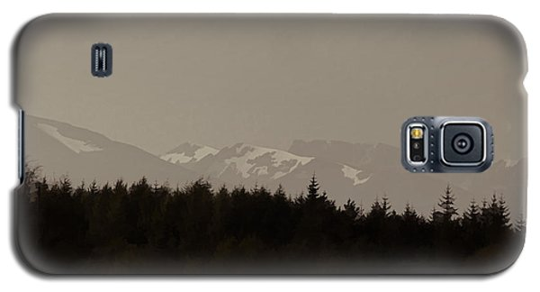Treeline With Ice Capped Mountains In The Scottish Highlands Galaxy S5 Case