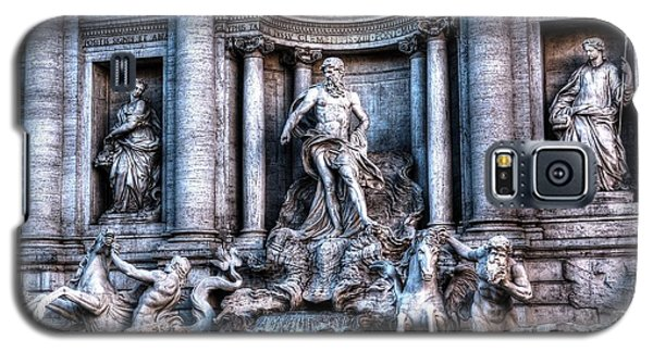 Galaxy S5 Case featuring the photograph Trevi Fountain by Joe  Ng