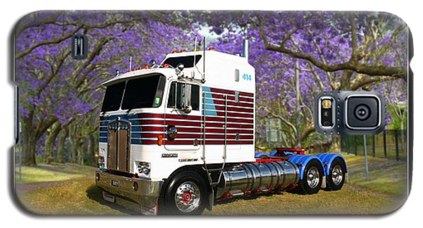 Galaxy S5 Case featuring the photograph Trev's Kenworth by Keith Hawley