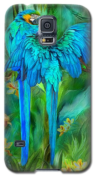 Macaw Galaxy S5 Case - Tropic Spirits - Gold And Blue Macaws by Carol Cavalaris