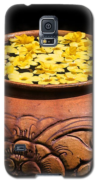 Galaxy S5 Case featuring the photograph Tropical Flower Pot by Rob Tullis