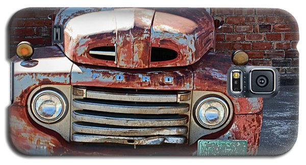 Galaxy S5 Case featuring the photograph Ford In Goodland by Lynn Sprowl
