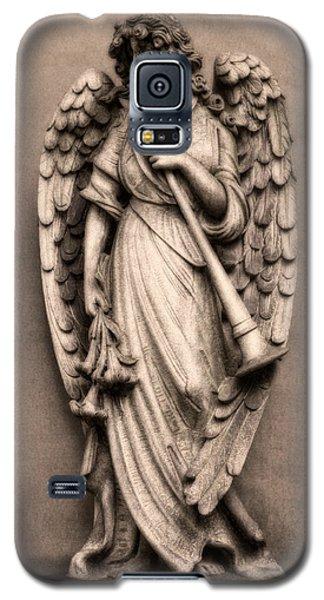 Trumpet Galaxy S5 Case - Trumpeter Angel by Tom Mc Nemar