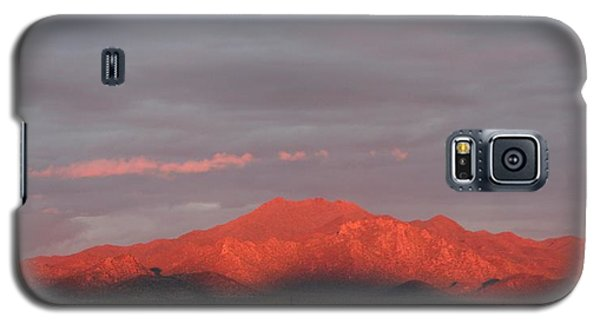 Galaxy S5 Case featuring the photograph Tucson Mountains by David S Reynolds