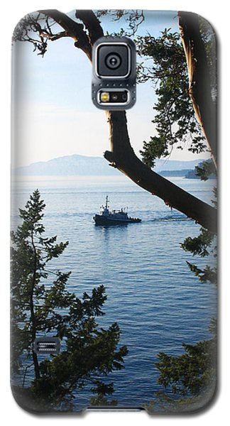 Tugboat Passes Galaxy S5 Case
