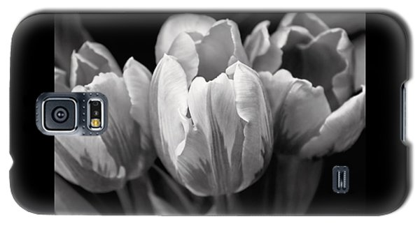 Tulip Flowers Black And White Galaxy S5 Case