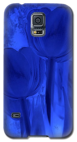 Tulips In Cobalt Blue Galaxy S5 Case