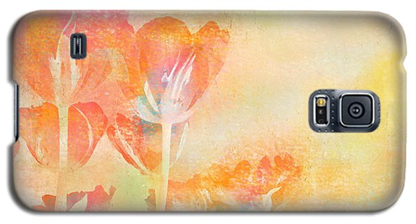 Tulips In Spring Galaxy S5 Case by Peggy Collins