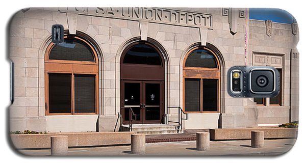 Galaxy S5 Case featuring the photograph Tulsa Union Depot West Side by Lawrence Burry