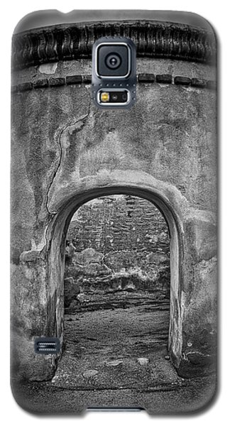 Tumacacori Mission Retreat ... Galaxy S5 Case by Chuck Caramella