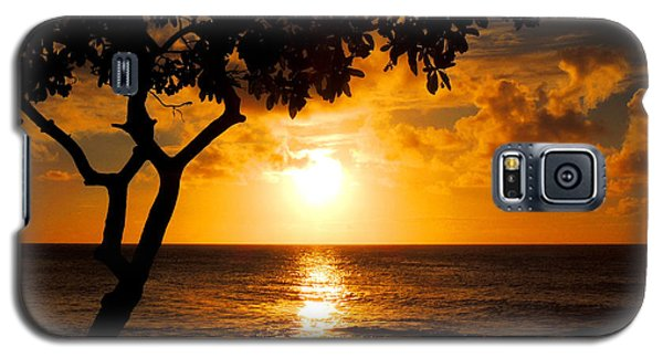 Galaxy S5 Case featuring the photograph Turtle Bay Sunset by Kristine Merc