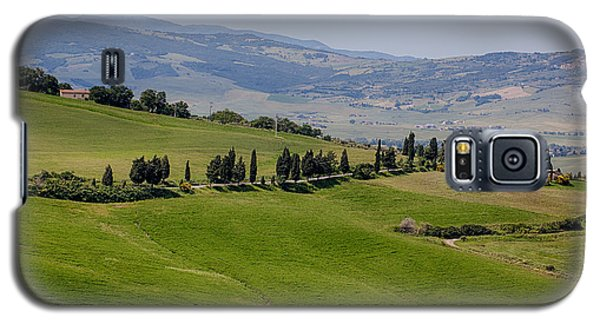 Galaxy S5 Case featuring the photograph Tuscany by Uri Baruch